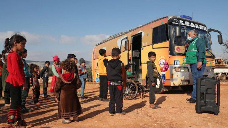 Các tu sĩ Phanxicô ở Syria trợ giúp trẻ em Syria