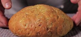 Chuyện Ổ Bánh Mỳ và Lão Già Kỳ Quặc