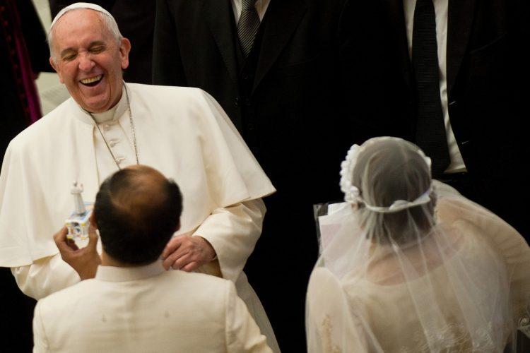 Lời khuyên của linh mục Dòng Tên cho một cặp hôm trước ngày đám cưới