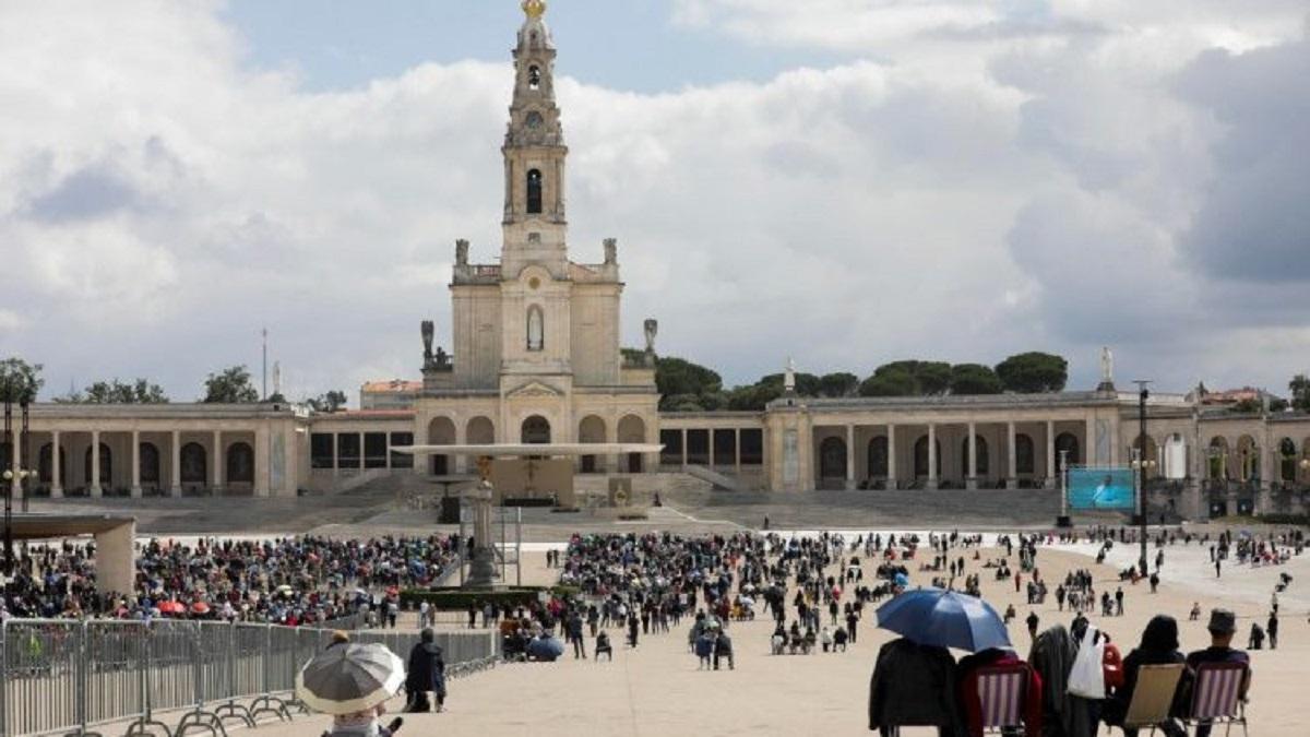Có 24 cộng tác viên của đền thánh Đức Mẹ Fatima bị dương tính với Covid-19