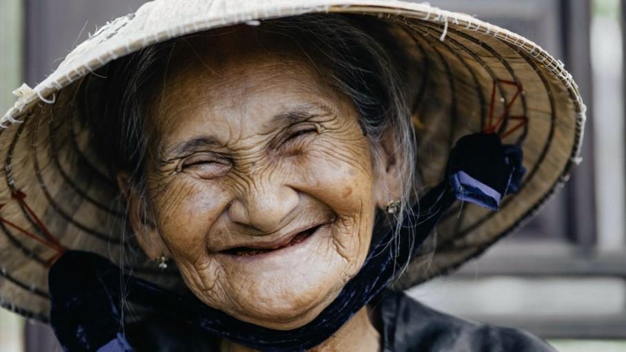 Công bố văn kiện về giúp đỡ người già