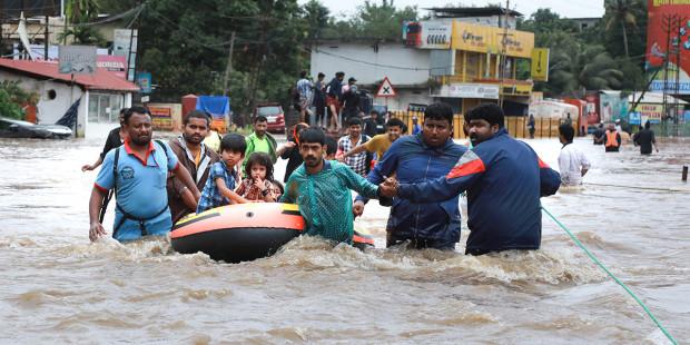 Công Giáo Ấn Độ tích cực giúp đỡ nạn nhân cơn lụt thế kỷ tại Kerala
