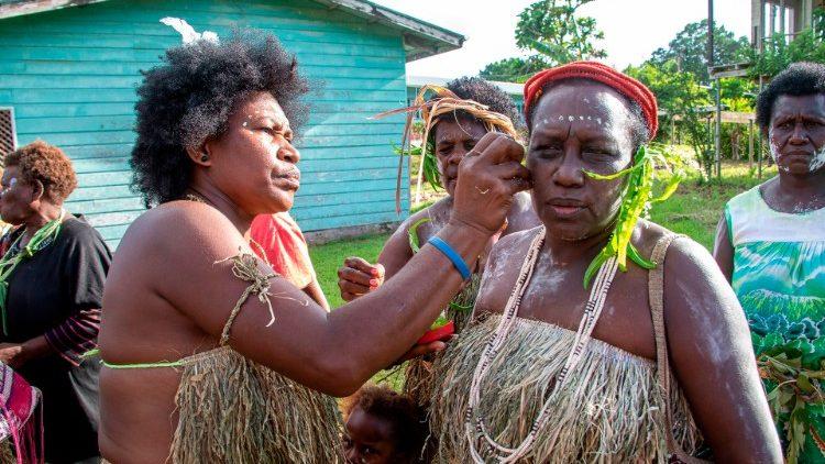 Công việc truyền giáo của các nữ tu dòng Chúa Chiên Lành ở Papua New Guinea