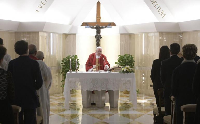 ĐGH Phanxicô - Các vị giám mục và linh mục phải gần gũi với nhau và với dân Thiên Chúa