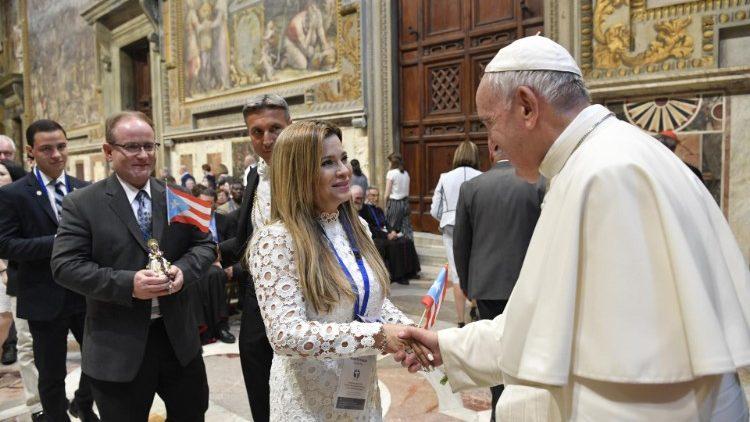 ĐTC tiếp 500 bác sĩ Công Giáo quốc tế
