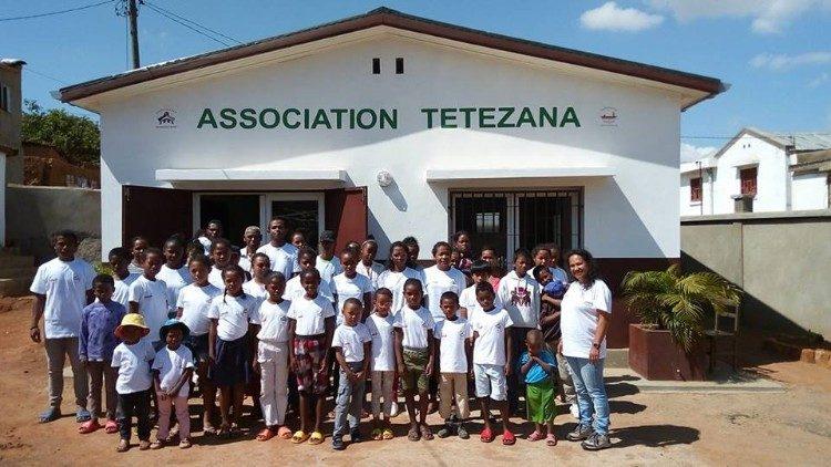 Tổ chức Trợ giúp các Giáo hội đau khổ đồng hành với ĐTC ở Madagascar