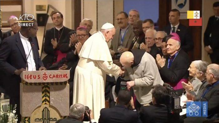 """""""Cùng cầu nguyện, cùng chung giá trị, cùng sống chung hòa bình với nhau"""""""