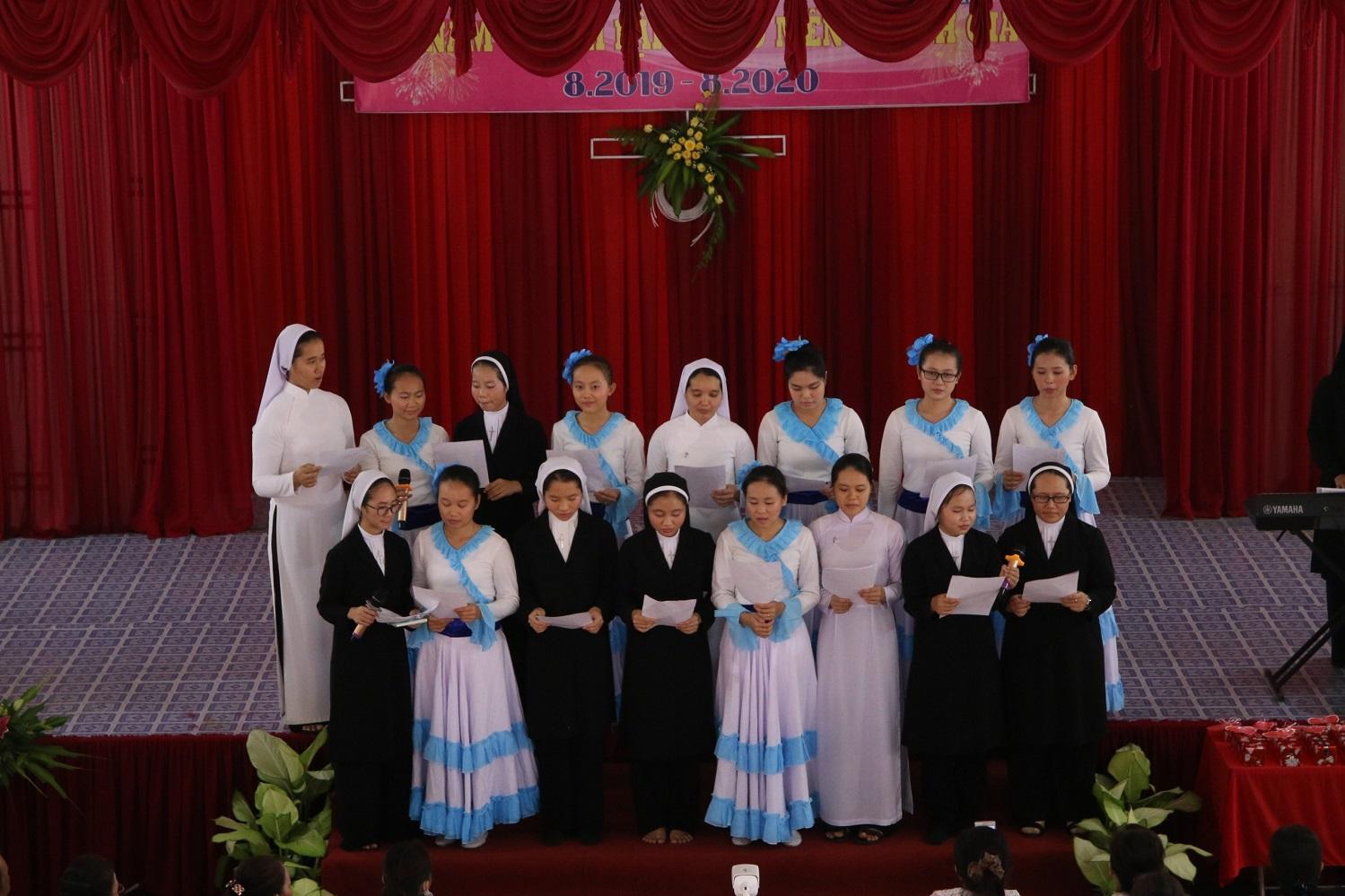 Dòng Mến Thánh Giá Cái Nhum : Họp mặt Ái Hữu
