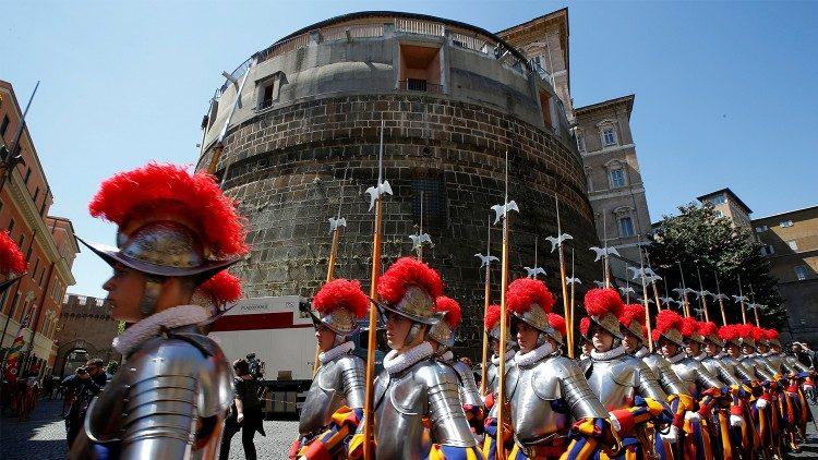 Cải tổ Ngân hàng Vatican