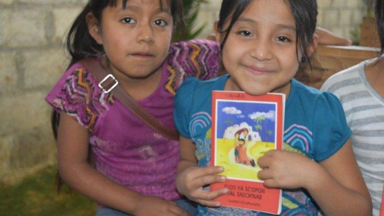 Kinh Thánh cho trẻ em kỷ niệm 40 năm
