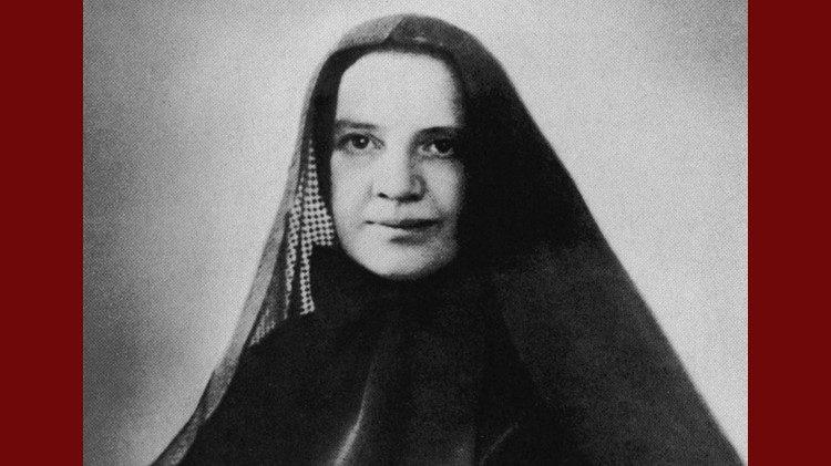 New York dựng tượng đài Mẹ Cabrini