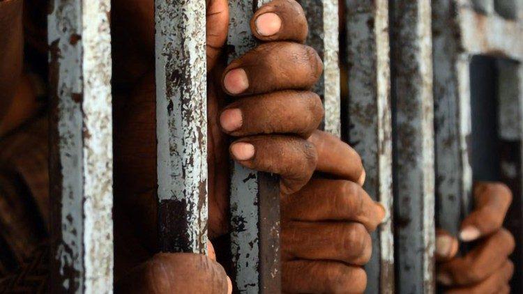 ĐTC gặp một nhóm tù nhân của Santander