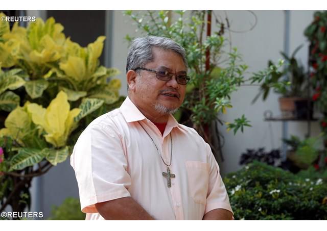 Đức Giám mục Marawi lần đầu về thăm nhà thờ chánh tòa bị phạm thánh