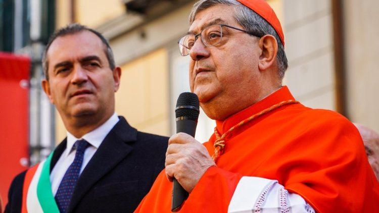 Đức Hồng y Sepe kêu gọi các tội phạm buông vũ khí