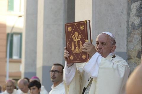 Đức Thánh Cha chia sẻ về hai động từ NÓI và CHO trong Tin mừng