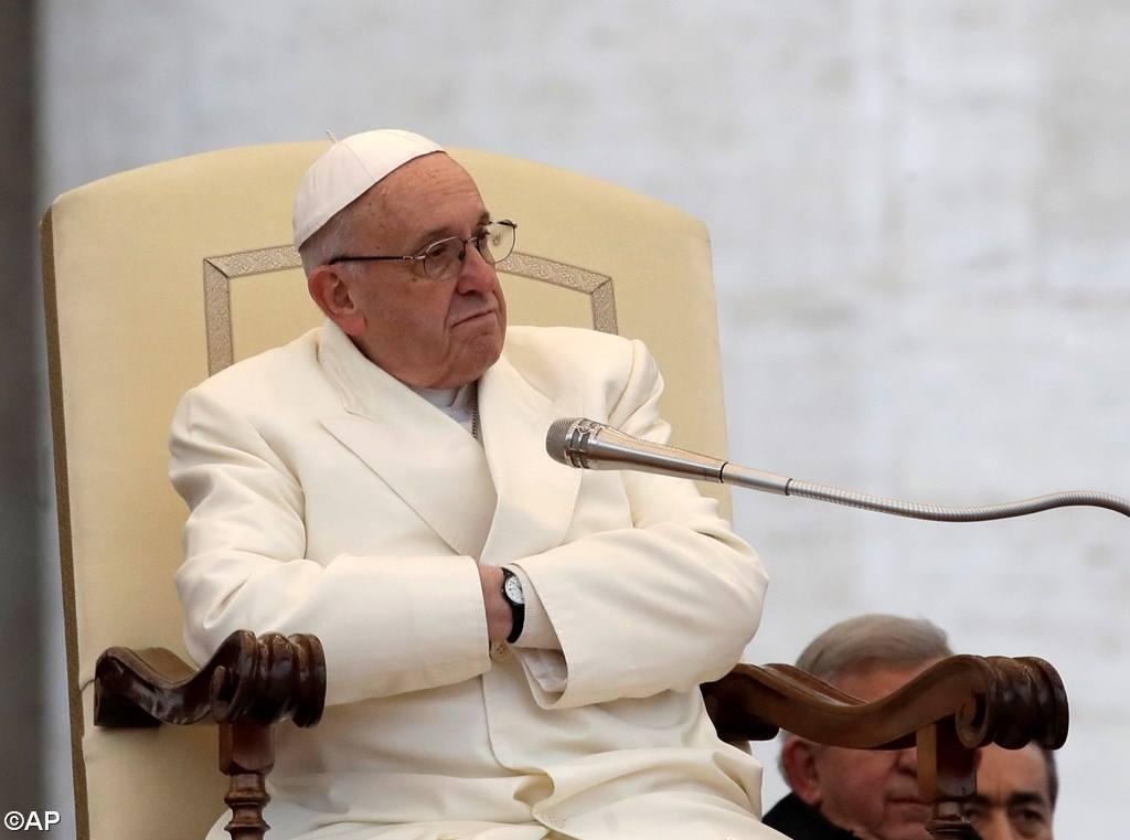 Đức Thánh Cha Phanxicô bày tỏ sự đau buồn trước vụ thảm sát trong ngày thứ Tư Lễ Tro tại Florida, Hoa Kỳ
