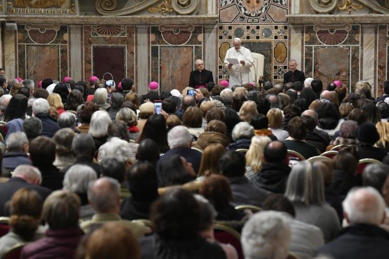Đức Thánh Cha Phanxicô tuyên bố người già là hiện tại và tương lai của Giáo hội
