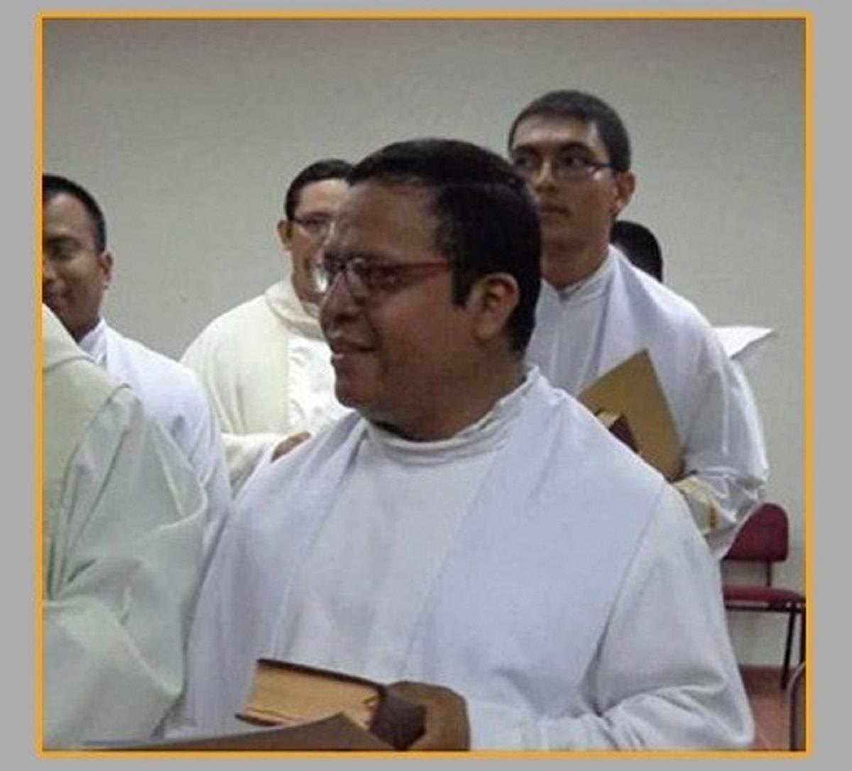 El Salvador: Cha Giám đốc Đại chủng viện Romero bị ám sát