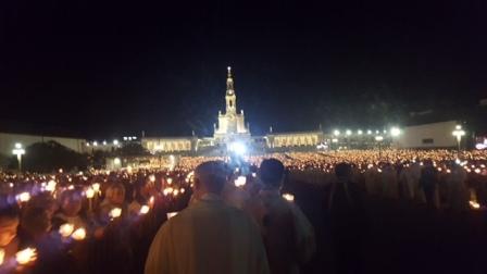 Fatima mừng kỷ niệm 102 năm Đức Mẹ hiện ra tại Fatima và hai năm phong thánh cho Phanxicô và Giaxinta Marto.