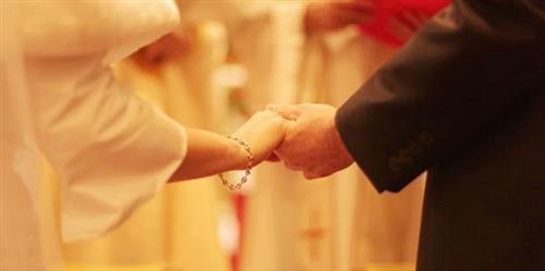 Giải quyết mâu thuẫn trong đời sống vợ chồng