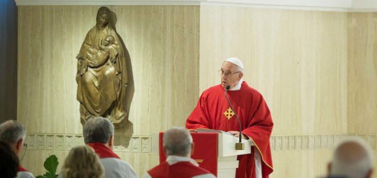 Giám mục phải là người phục vụ – Bài giảng của ĐTC Phan-xi-cô ngày 12.11.2018