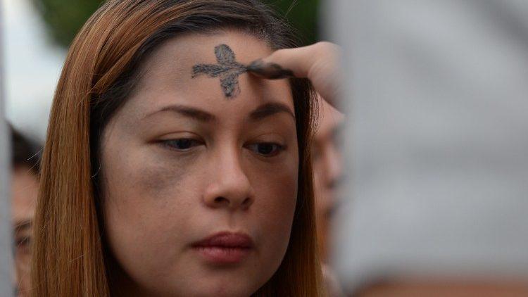 Giáo hội Philippines hướng dẫn cử hành Mùa Chay để tránh lây lan virus corona