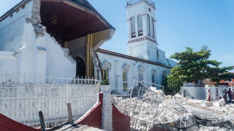 Giáo Hội và Caritas Haiti kêu gọi cứu trợ người dân