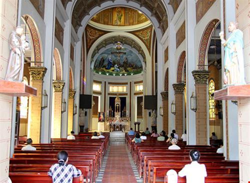 Hạnh Thông Tây - nhà thờ cổ 'độc nhất vô nhị'