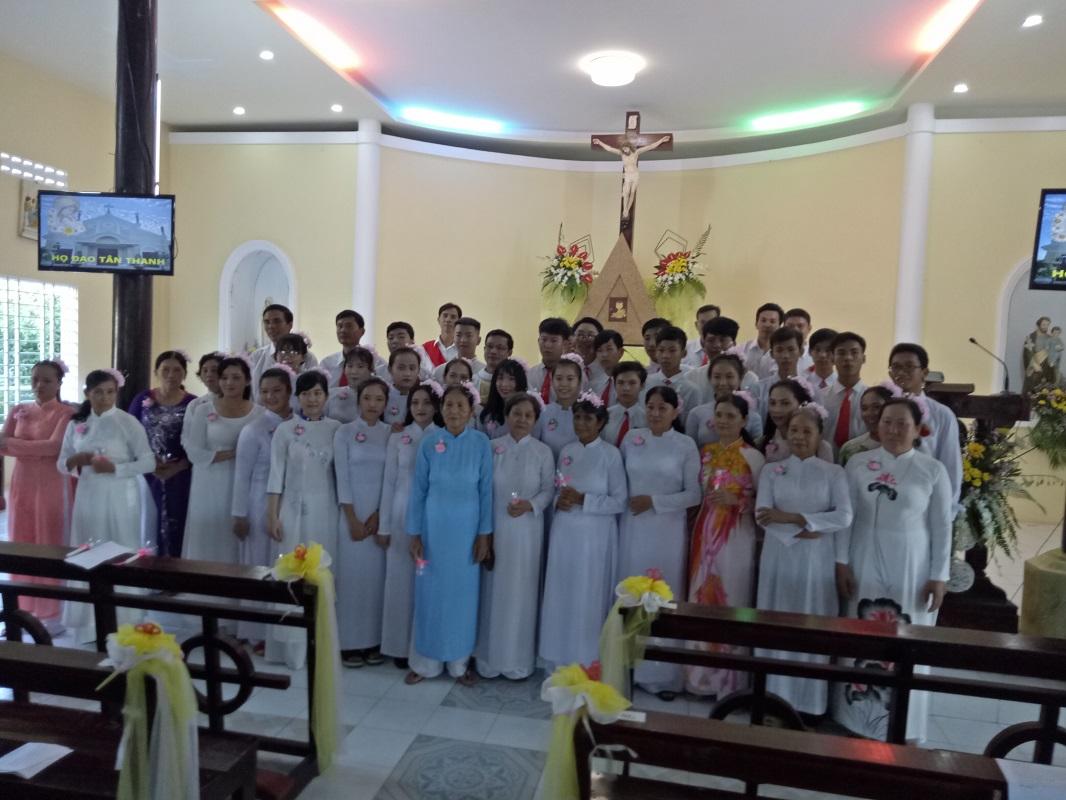 Họ đạo Tân Thanh : Thánh lễ rước lễ trọng thể Bao Đồng