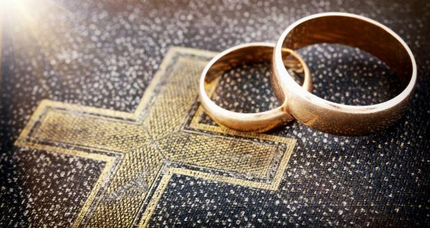 Hôn nhân Kitô giáo: Yêu như Chúa yêu
