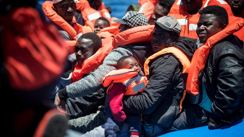 Đức Hồng y Marx quyên góp 50.000 euro để cứu người di cư trên Địa Trung Hải