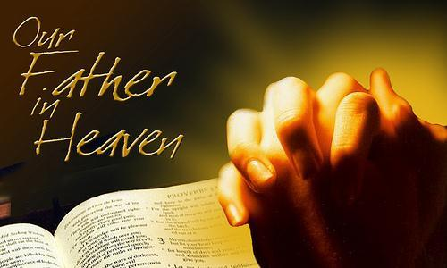 Kinh Lạy Cha bao gồm: một lời thân thưa, hai lời nguyện ước và ba lời cầu xin