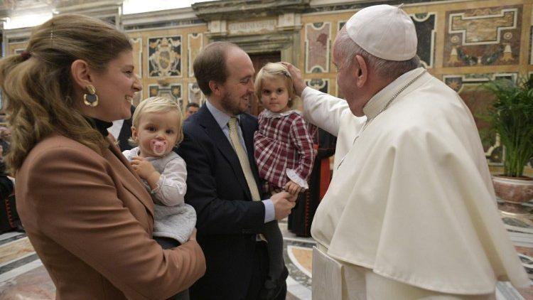 Kinh nguyện chính thức của cuộc Gặp gỡ các Gia đình Công giáo Thế giới năm 2022
