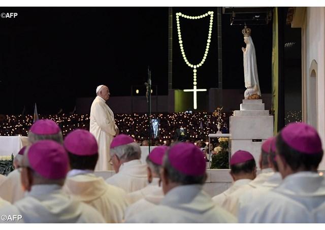 Kinh Tin Kính - Tin Hội Thánh duy nhất, thánh thiện, công giáo và tông truyền*