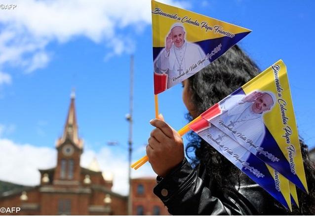 Lạc quyên ở Colombia tài trợ viếng thăm của Đức Thánh Cha