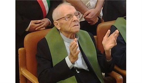 Linh mục cựu giám đốc Radio Vatican mừng 100 tuổi