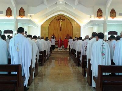 Linh mục & Mùa Trai Tịnh