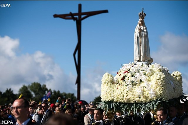 Một số phép lạ nhờ lời chuyển cầu của Đức Mẹ Fatima