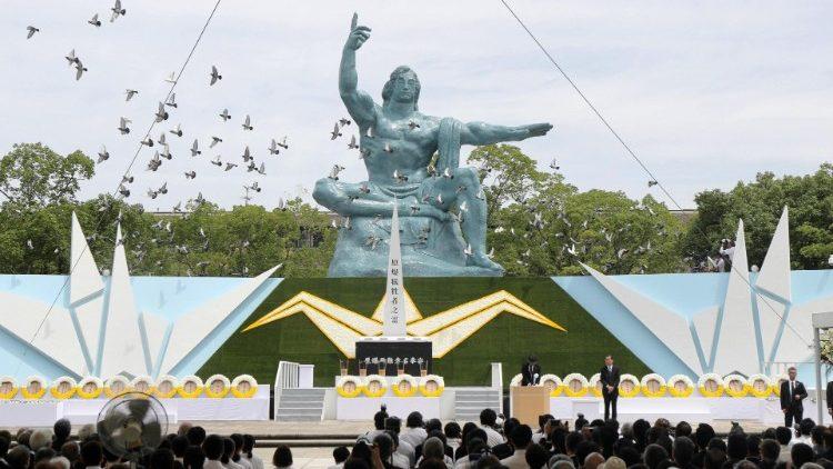 Nagasaki tưởng niệm vụ đánh bom nguyên tử