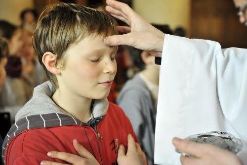 Ngày thứ tư Lễ Tro giải thích cho trẻ em