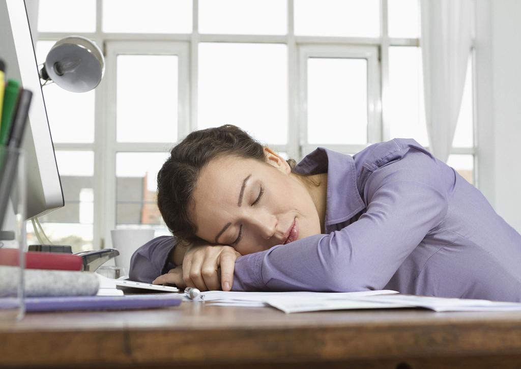 Vì sao dù bận đến mấy bạn vẫn nên cố gắng ngủ trưa?