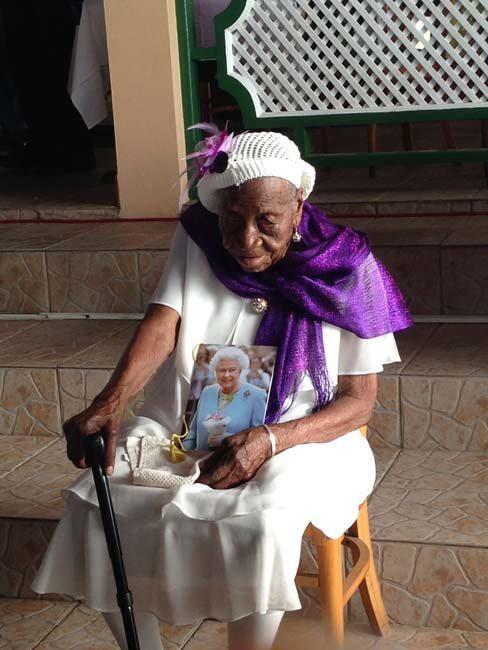 Người lớn tuổi nhất thế giới: 117 năm tình yêu cho Chúa Kitô