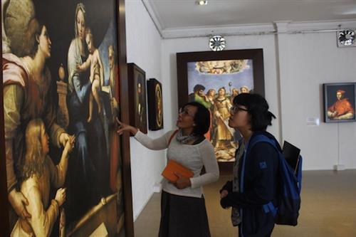 Người Việt Nam ngưỡng mộ tác phẩm tôn giáo của Raphael