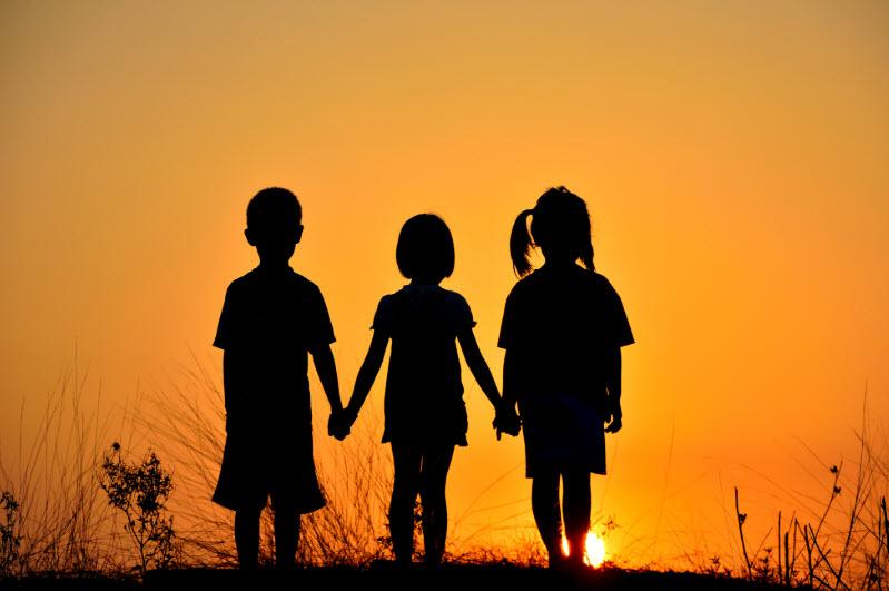 Nguyệt san tháng 7/2021: Người trẻ trong tương quan huynh đệ với anh em trong nhà