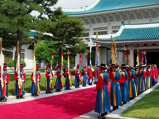 Nhà Xanh - ngôi nhà của người quyền lực nhất Hàn Quốc