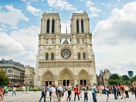 Những bí ẩn trong nhà thờ Đức Bà Paris