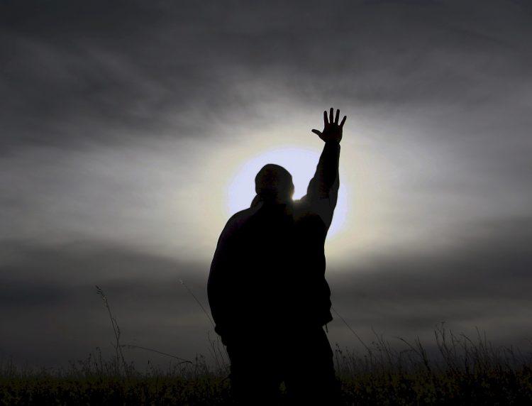 Những lúc đau đớn không cầu nguyện nổi