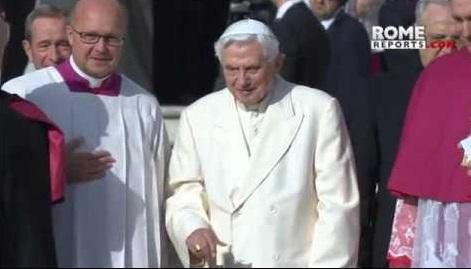 Những ưu điểm làm rõ vai trò của ĐGH Danh dự Benedict XVI