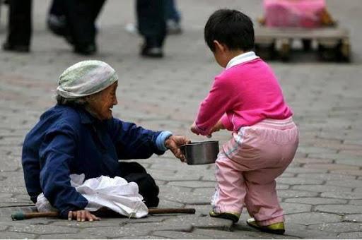 Nhường sự sẻ chia cho người cần hơn mình