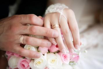 Tại sao các vợ chồng tín hữu Kitô giáo phải mang nhẫn cưới ?